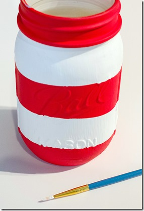 mason-jar-flags-red-white-blue-how-to-5