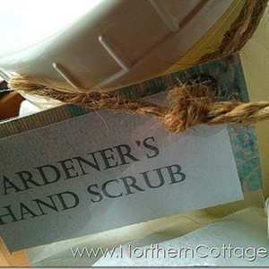 hand-scrub-homemade