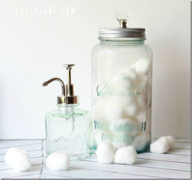 How-to-distress-a-mason-jar-using-glass-paint-via-Lolly-Jane-600x725