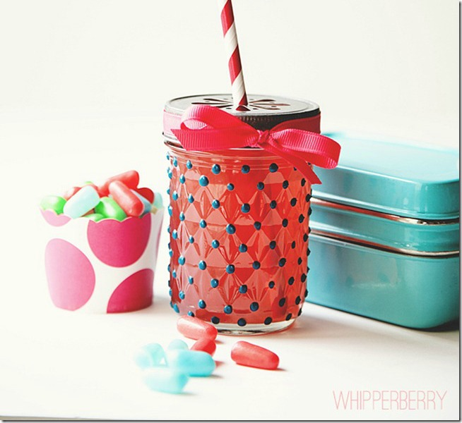 glass-paint-mason-jar-polka-dots