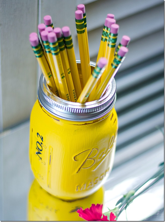 Teacher-Gift-Pencil-Holder-Mason-Jars-18