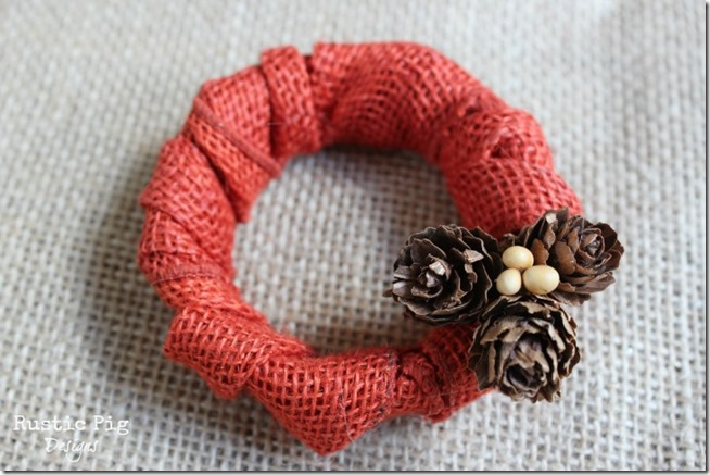 mason-jar-lid-wreath-for-fall