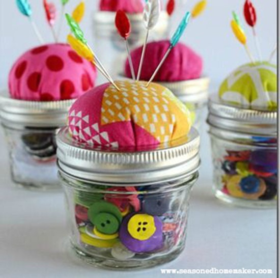 pin-cushion-for-mason-jar