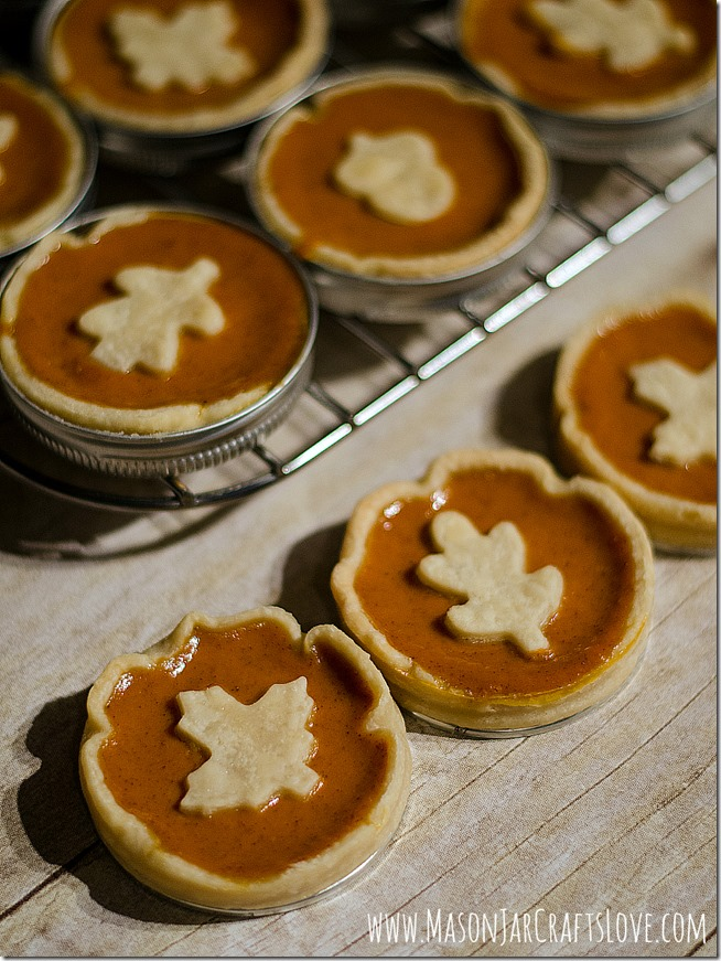 Mini-Pumpkin-Pie-Recipe-Baked-in-Mason-Jar-Lids-3 2