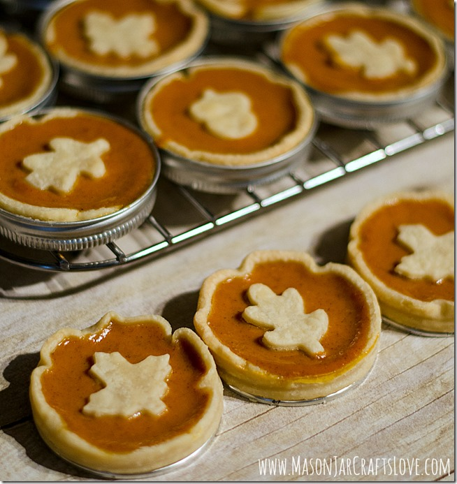 Mini-Pumpkin-Pie-Recipe-Baked-in-Mason-Jar-Lids-4