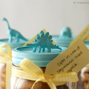 Gift Idea: Dinosaur Jars