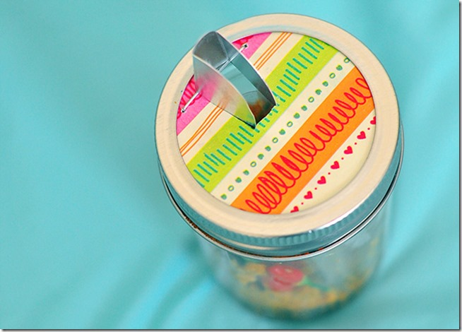 mason-jar-pour-spout