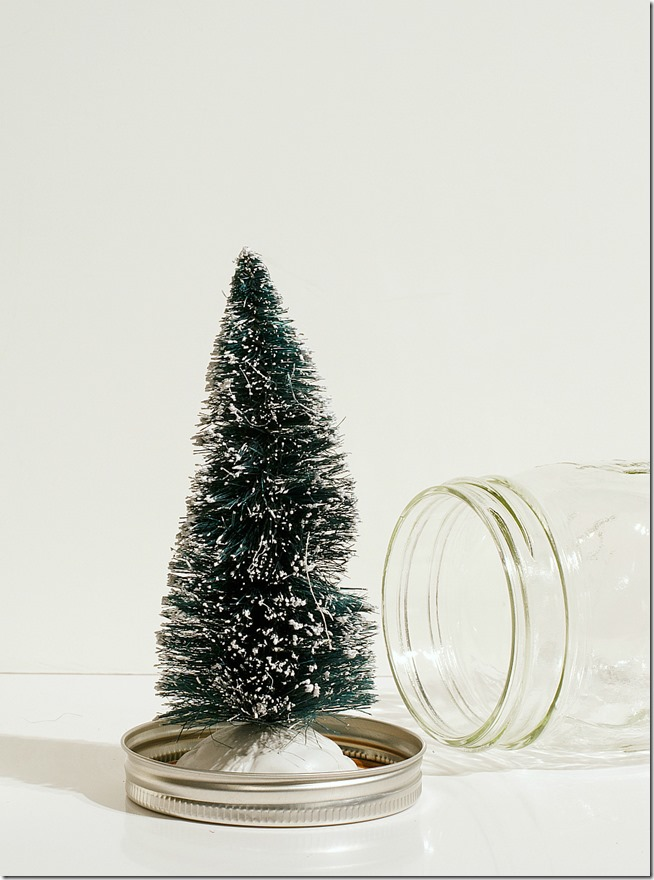mason-jar-snow-globes-anthropologie-inspired-how-to-make-2