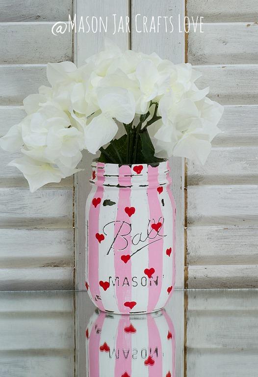 Valentine heart jars mason jar crafts love for Mason jar crafts love