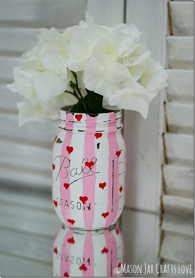 valentine-painted-mason-jars-5
