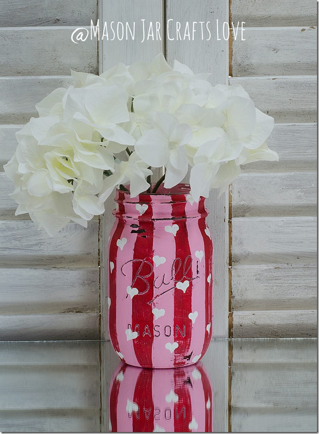 valentine-painted-mason-jars