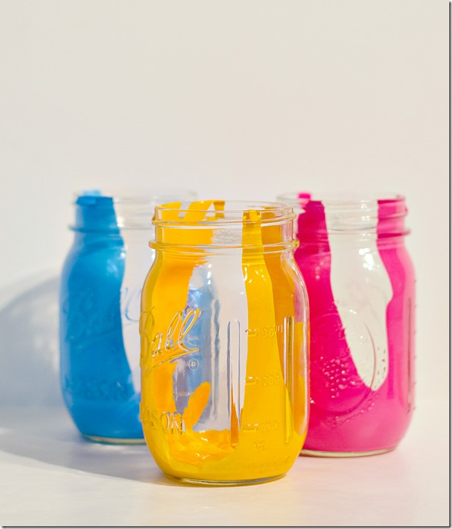 anthropologie-paint-drip-mason-jars-how-to-make-6