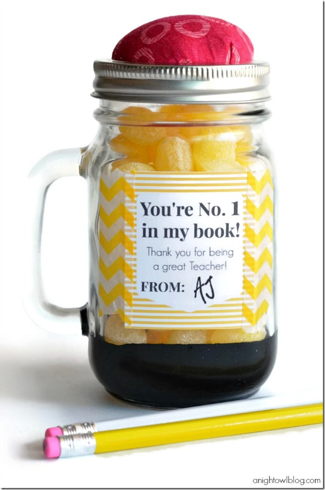 Teacher-Gift-Ideas-Pencil-Mason-Jar-Teacher-Appreciation-Gift-5