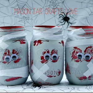 halloween-craft-zombie-mason-jar
