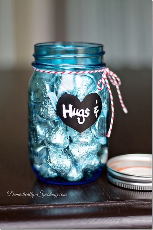 hugs-and-kisses-mason-jars-domestically-speaking