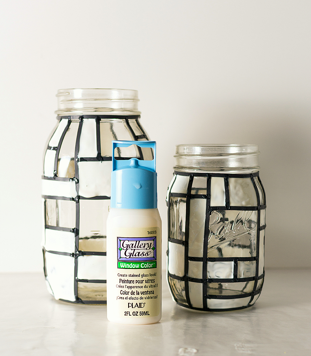 mason jar crafts: Mondrian mason jar tutorial