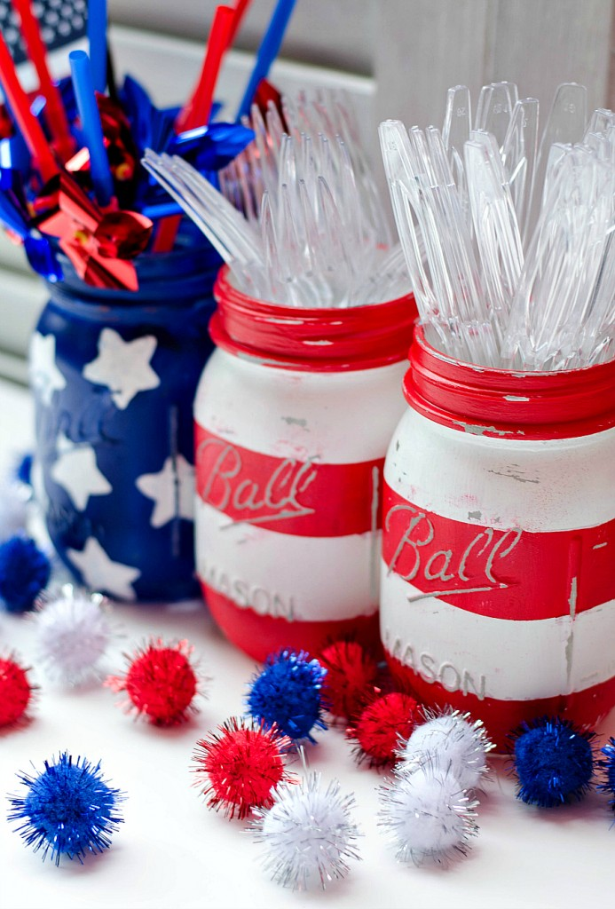 Mason Jar Crafts: American Flag Mason Jar Set