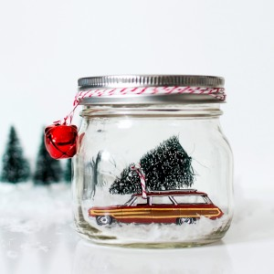 Mason Jar Crafts for Christmas: Ford Woody Station Wagon Snow Globe