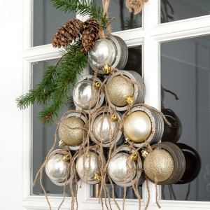 Mason Jar Lid Christmas Tree Wreath