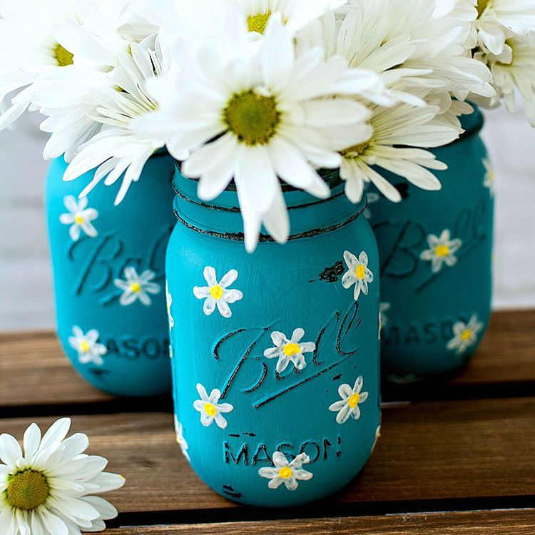 Thinking of spring with these daisy painted mason jar masonjarcraftshellip
