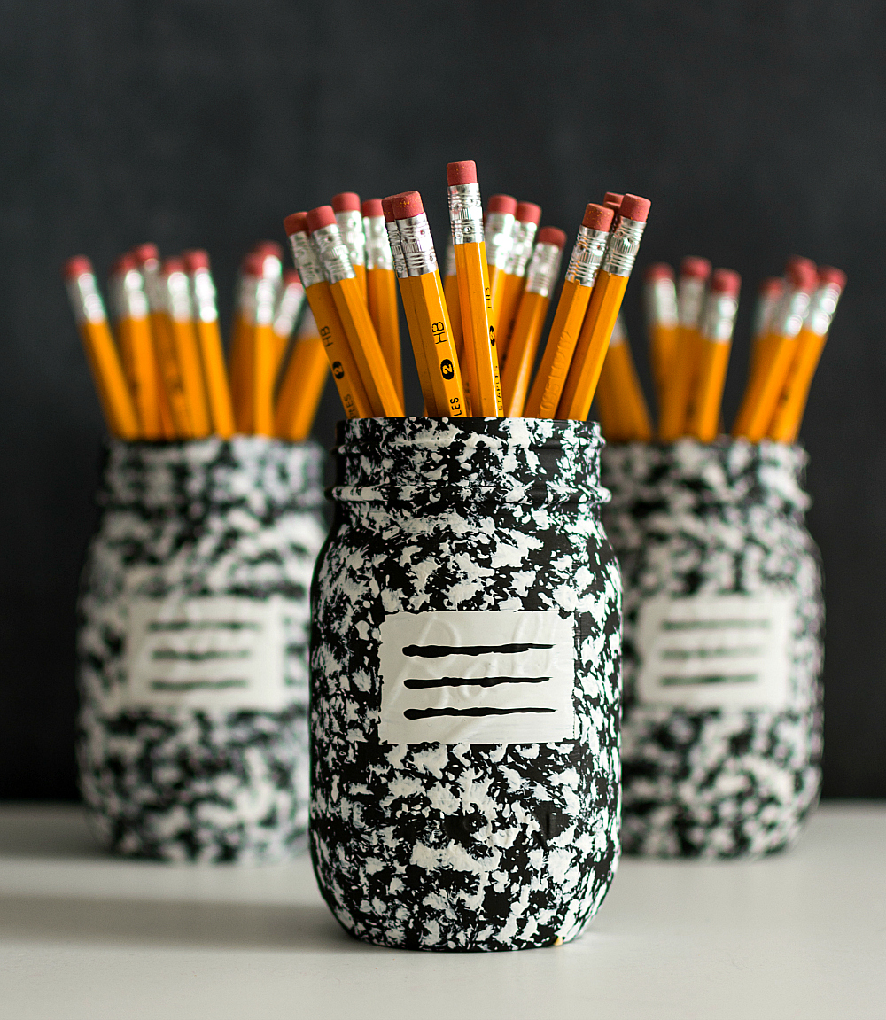 Mason Jar Craft Ideas - Desk Organizing Idea - Composition Book Mason Jar Pencil Holder