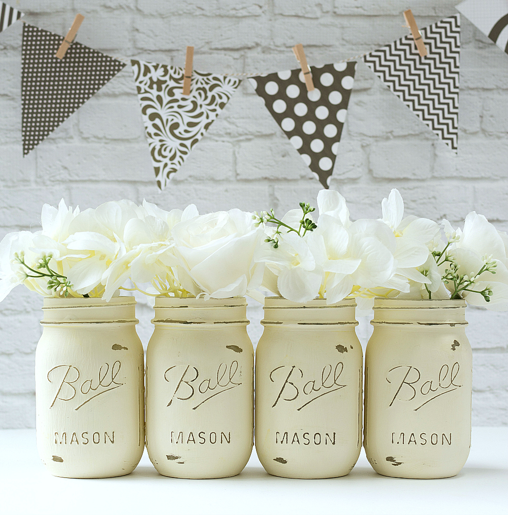 Mason Jar Craft Ideas with Paint: Annie Sloan Chalk Paint Mason Jars