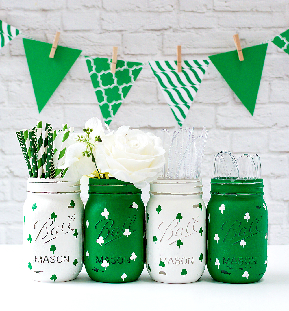 Painted Shamrock Mason Jars for St. Patrick's Day