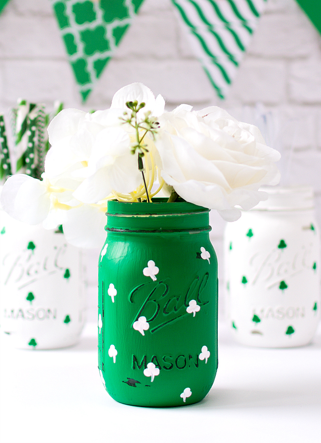 Mason Jar Craft Ideas - St. Patrick's Day