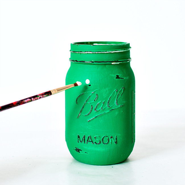 Mason Jar Craft Ideas for St. Patrick's Day - Shamrock Mason Jars
