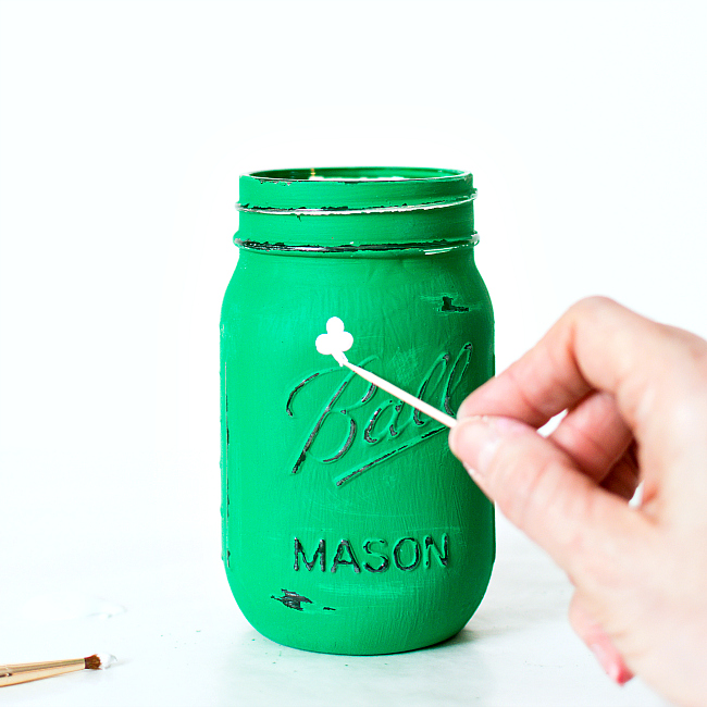 Shamrock Mason Jar - Mason Jar Craft Ideas for St. Patrick's Day Decor
