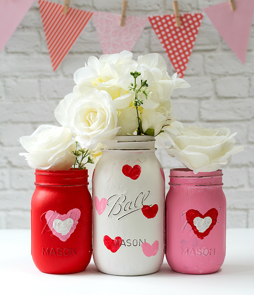 Mason Jar Craft Ideas: Thumbprint Heart Valentine Day Vase Gift Idea
