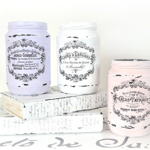 Shabby Chic Decor Ideas - Painted French Script Mason Jars