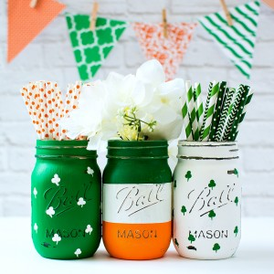 St. Patrick's Day Mason Jar Set