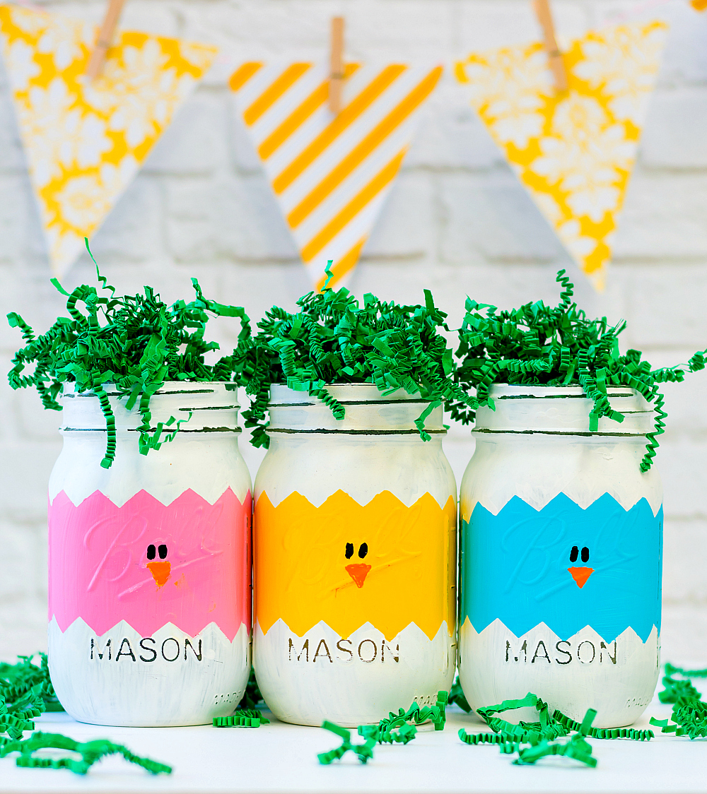 Mason Jar Craft Ideas for Easter - Easter Chick Craft