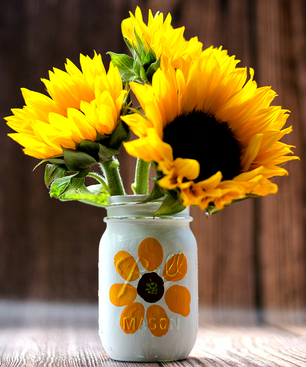 Thumbprint Flower Mason Jar