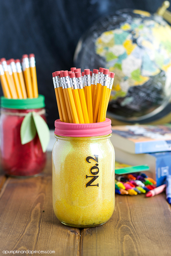 Mason Jar Craft Ideas for Teacher Gifts
