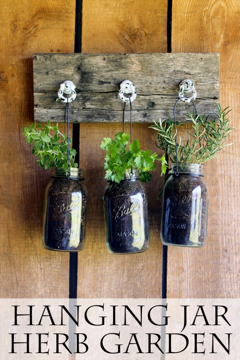 Mason Jar Hanging Herb Garden - How To Create An Herb Garden @masonjarcraftslove.com