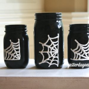 Mason Jar Craft Idea for Halloween