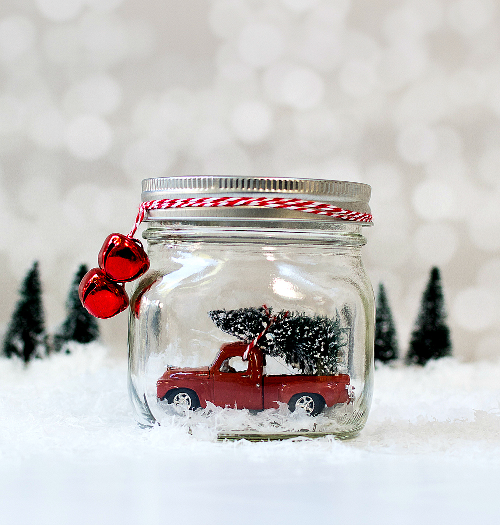 car-in-jar-christmas-decoration-9