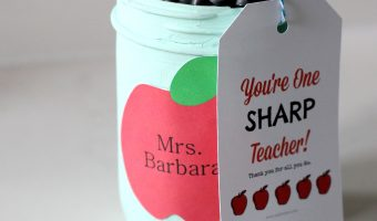 Mason Jar Sharpie Holder Teacher Gift - Homemade Teacher Gift Ideas with Mason Jars