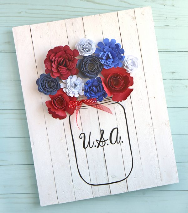 Red White Blue Mason Jar Craft - Patriotic Mason Jar Craft Ideas