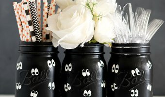 Google Eye Mason Jars for Halloween