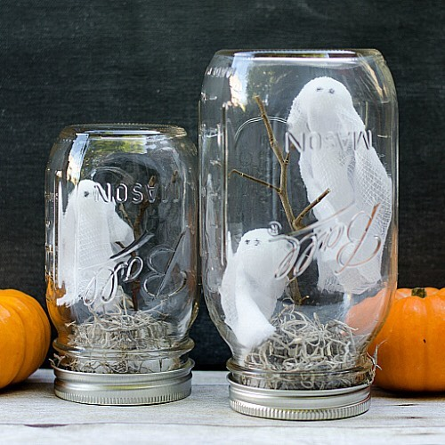 Ghosts in masonjars for halloween masonjarcraft halloweencraftsforkids