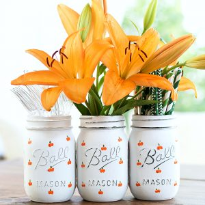 Pumpkin Mason Jar Craft - Halloween Craft Ideas with Mason Jars