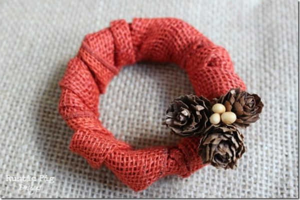Mason Jar Lid Wreath - Fall Crafts with Mason Jars