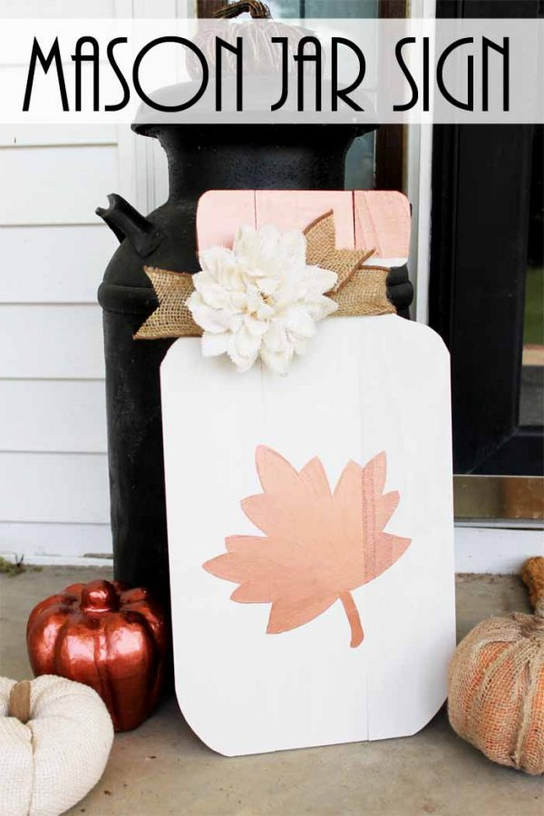 Mason Jar Fall Sign - Fall Mason Jar Craft Ideas - Mason Jar Crafts for Fall @TheCountryChicCottage.net