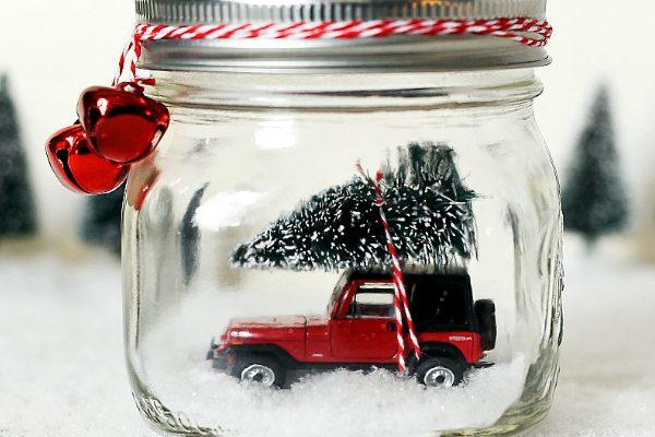 Mason Jar Snow Globe - Vintage Car Snow Globe