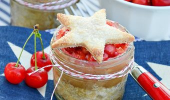 All American Cherry Pie in Mason Jars - Fourth of July Dessert Ideas - Cherry Pie Recipe - Easy Cherry Pie Recipe