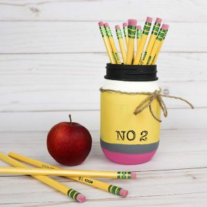 Painted Pencil Mason Jar Pencil Holder - Back To School Mason Jar - Teacher Gift Ideas with Mason Jars